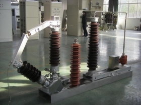 对于接地变压器的容量应如何选择